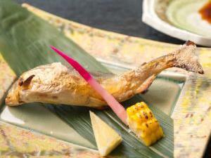 茨城横川温泉ピンクコンパニオン宴会パック料理画像